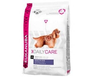 Eukanuba Daily Care Sensitive Skin für Hunde mit Hautprobleme